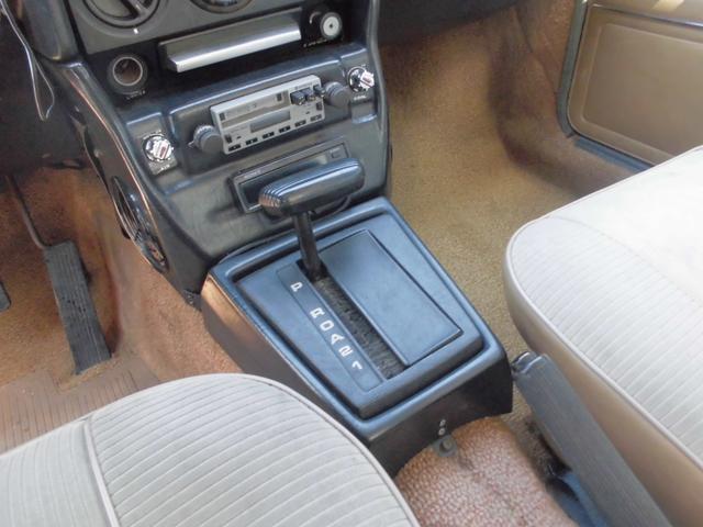 BMW520 雰囲気はシフトノブにさえ漂います