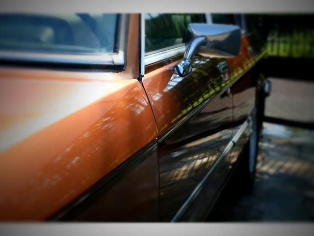 BMW520 この時代の自動車パーツの美しさには品格がある